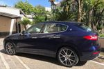 Maserati Levante blu