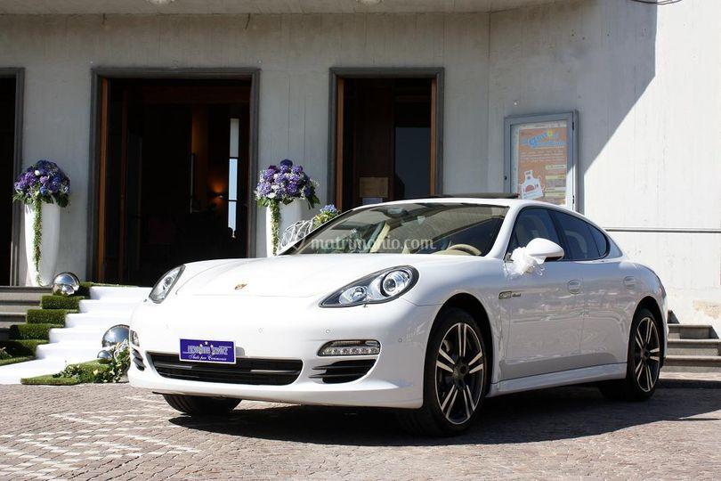 Porsche Panamera Bianca