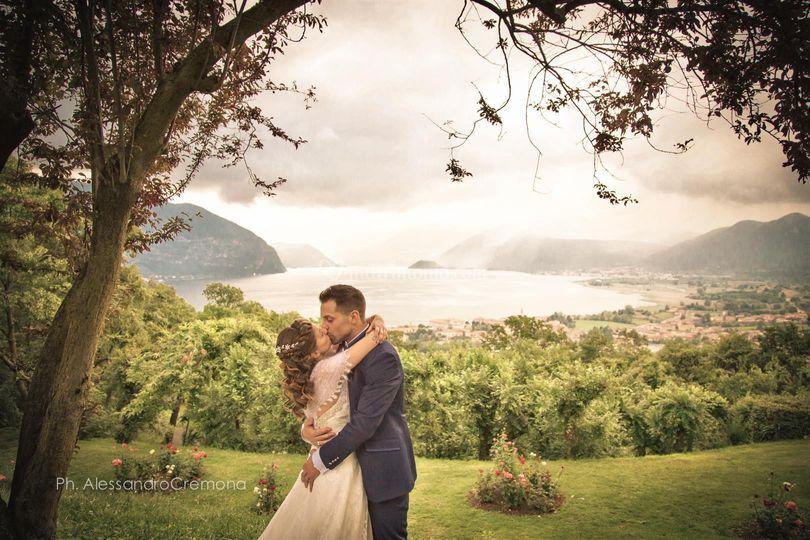 Un bacio vista lago