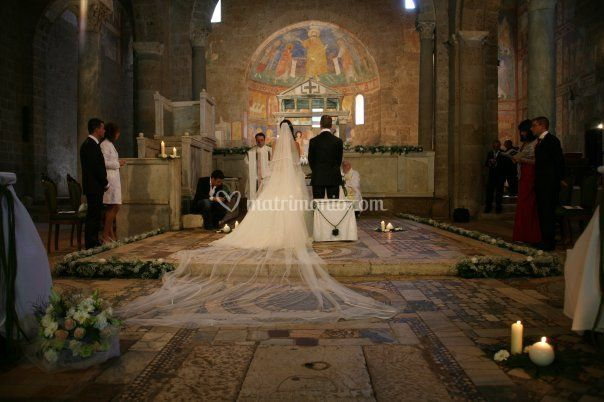 Matrimonio Basilica Castel Sant'Elia 01