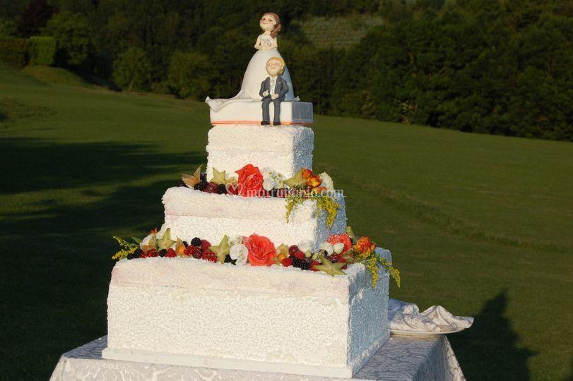 Wedding cake nel parco