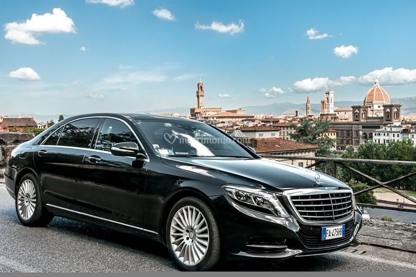 Deluxe Limo Italy