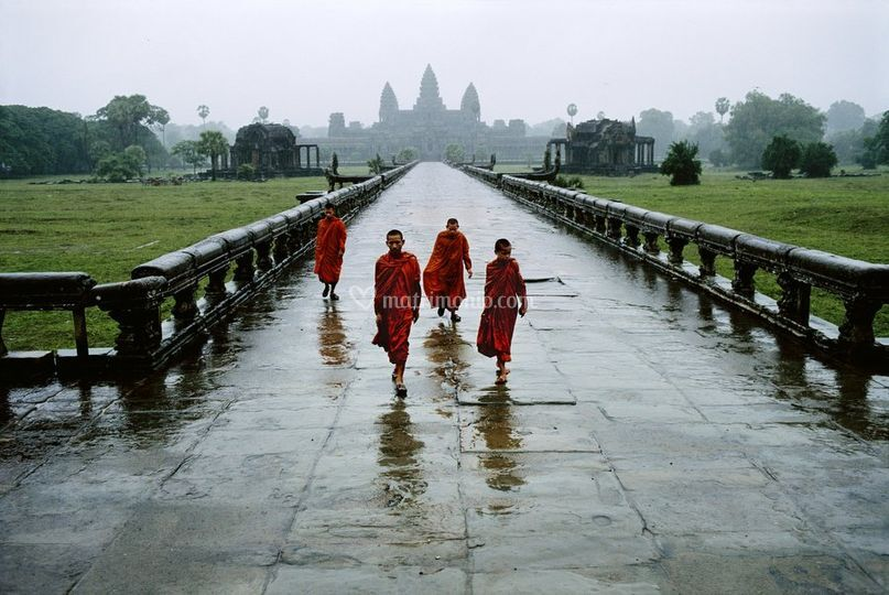 Monaci ad Angkor Wat