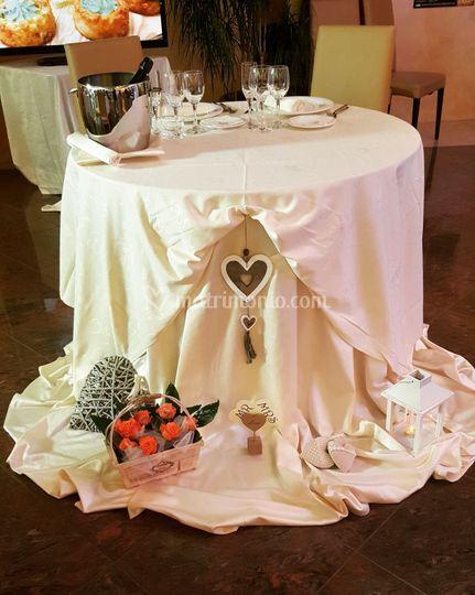 Il tavolo sposi champagne