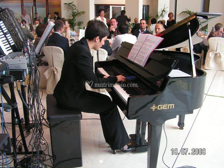Concert9o di musuca classica in attesa della entrata in sala degli sposi