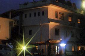 Mirabilia Village