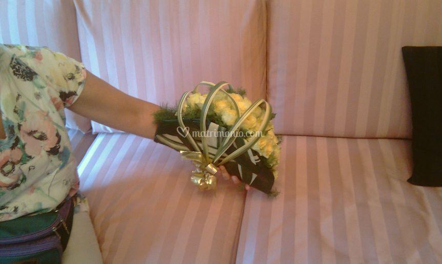 Bouquet a ventaglio di rose