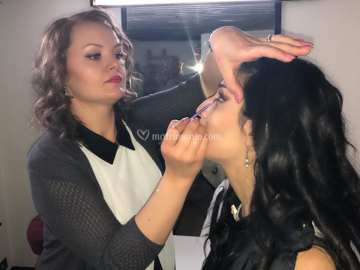 Jeny Mitocaru Make-Up Artist