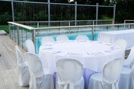 Ristorante chiaroscuro for Matrimonio bordo piscina
