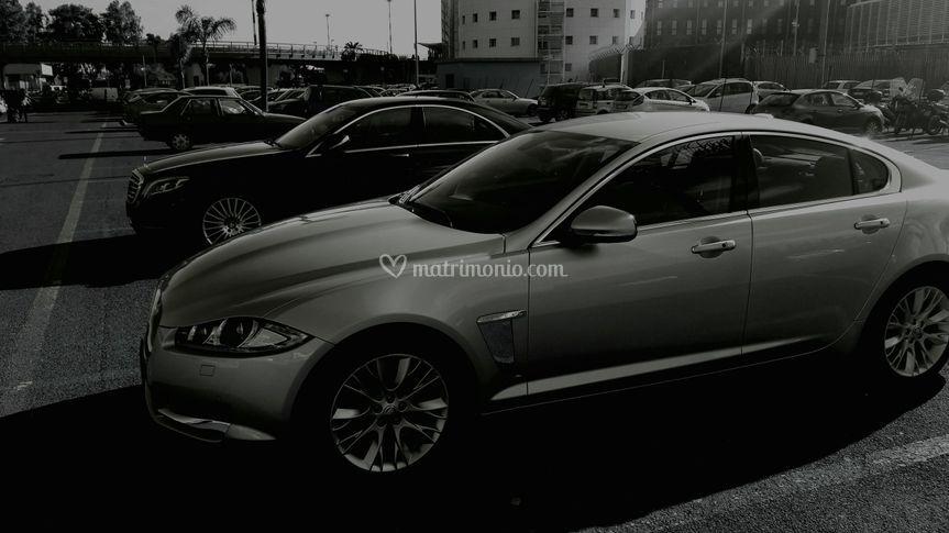 Jaguar e Mercedes