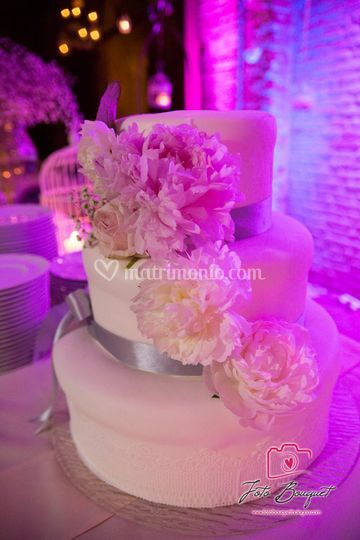 Wedding cake con light design