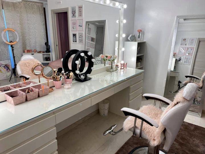 Atelier Bebel Menezes Makeup