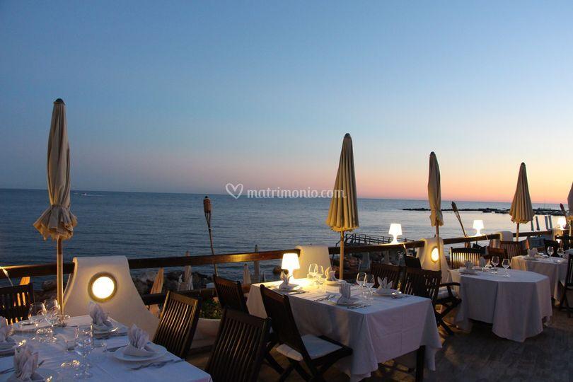 Il ristorante al tramonto