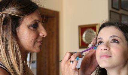 Tamara Birtoli Nail Artist & Make Up 1