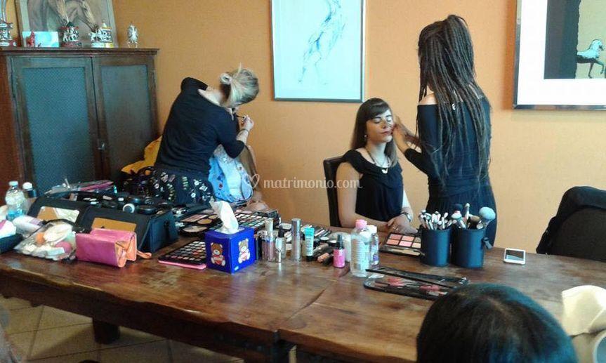 Blink Make-up School