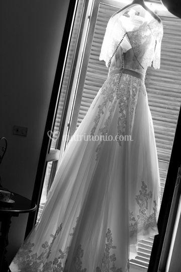 ...la vestizione della sposa