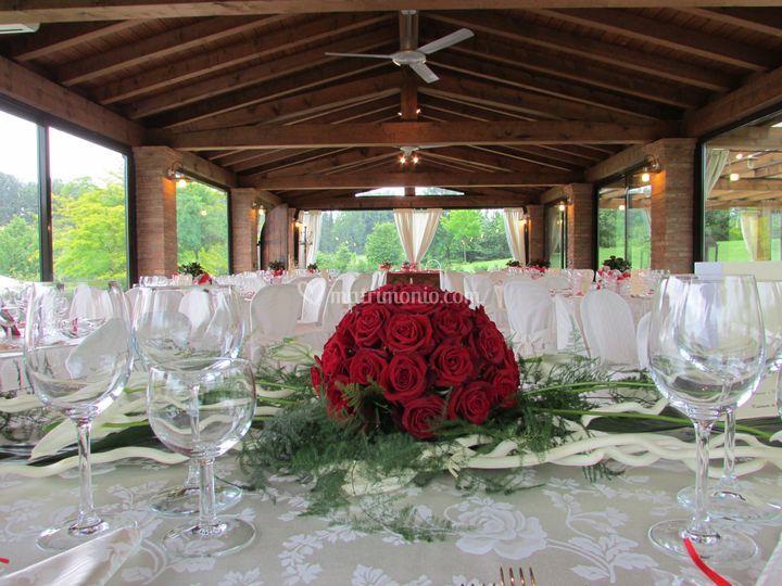 Matrimonio Country Chic Emilia Romagna : Interno della pergola di la gaiana location foto