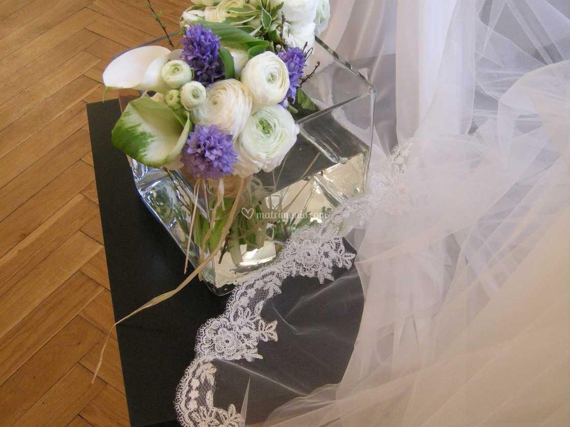 Bouquet Sposa Juta.Bouquet Da Sposa Juta Di Petali Corolle Foto 5
