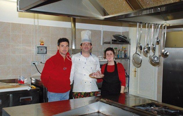 Lo chef e i suoi aiutanti