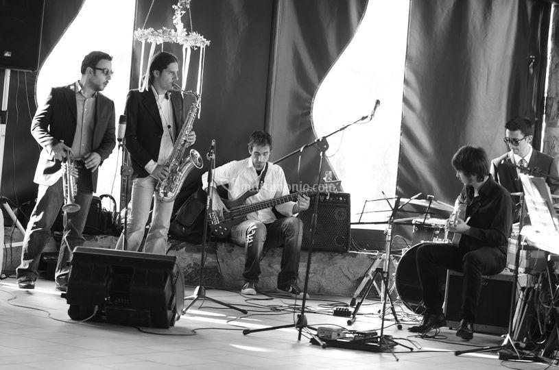 The Upside...Rhythm and blues!