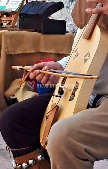 Musica di festa alla Viella.