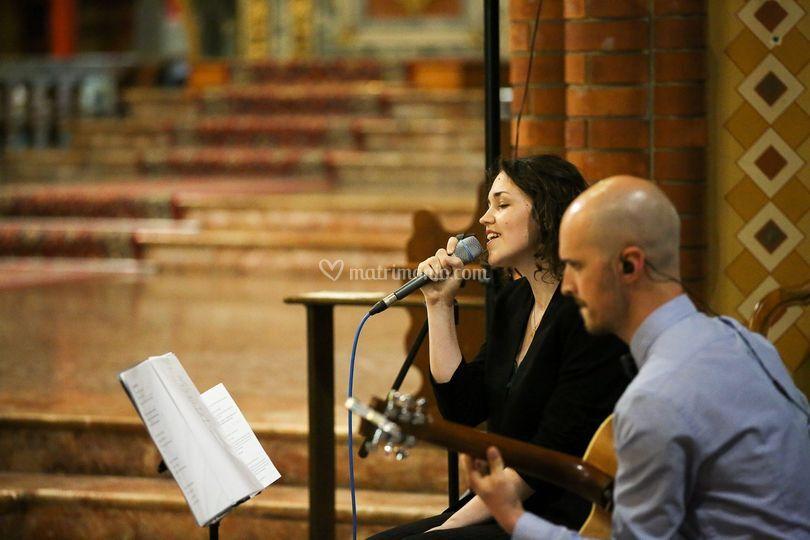 Cerimonia liturgica o civile