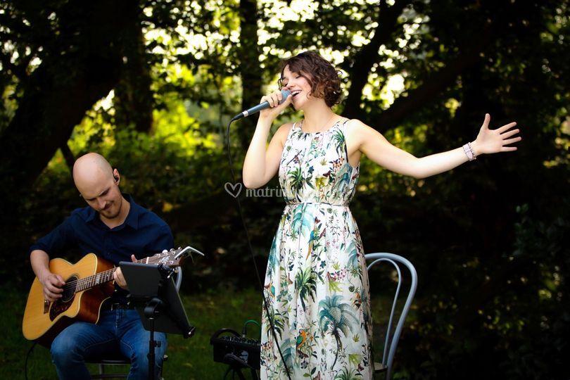 EnCanto Acoustic Duo