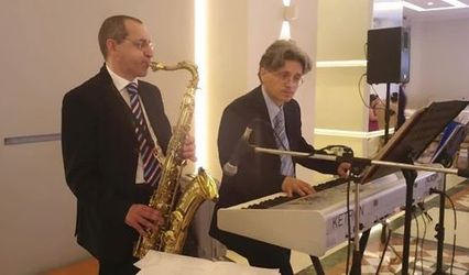 Luce sax live 1