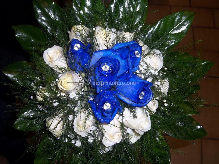 Bouquet di rose blu