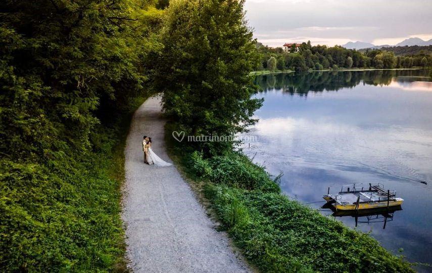 Foto lungo il fiume