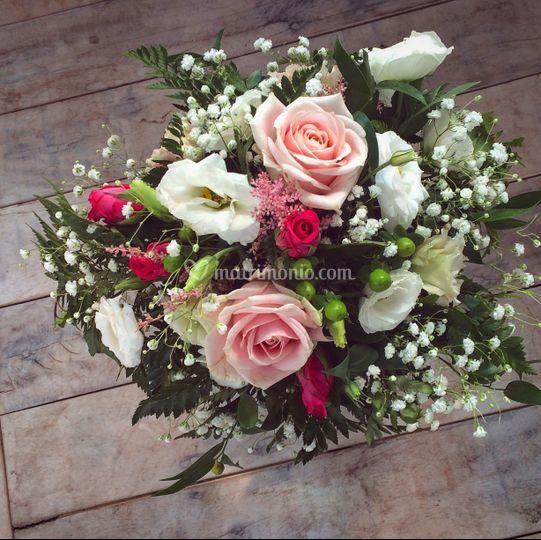 Centro tavola fiori romatici