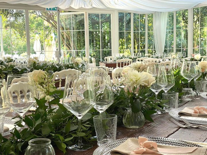 Reception villa