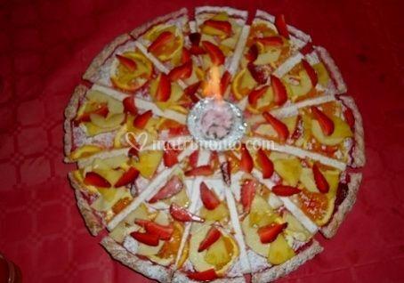 Crostata di frutta e zucchero a velo