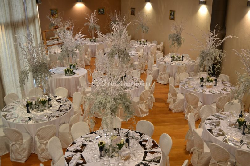 Matrimonio Toscana Inverno : Matrimonio invernale di glam ricevimenti foto