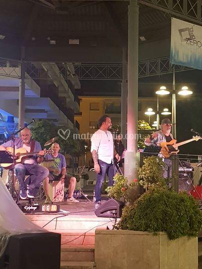 La band dal vivo