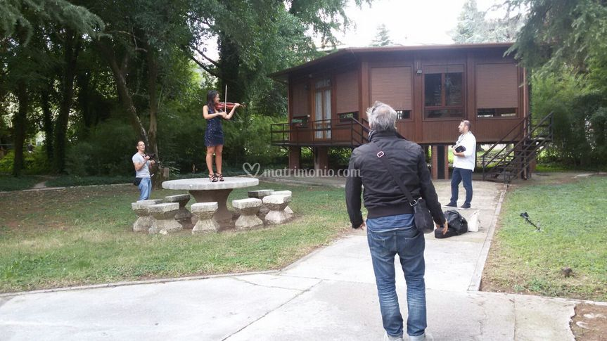 Backstage video musicale
