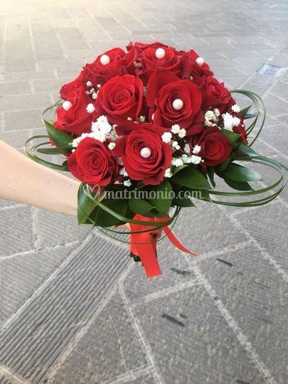 Bouquet sposa rose rosse