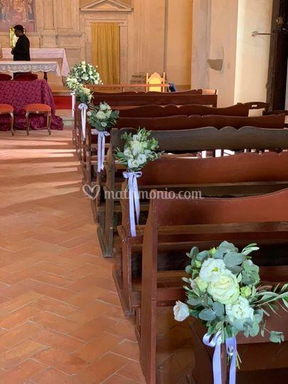 Bouquet lungo la navata