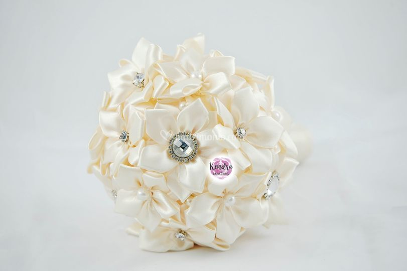 Bouquet sposa in raso