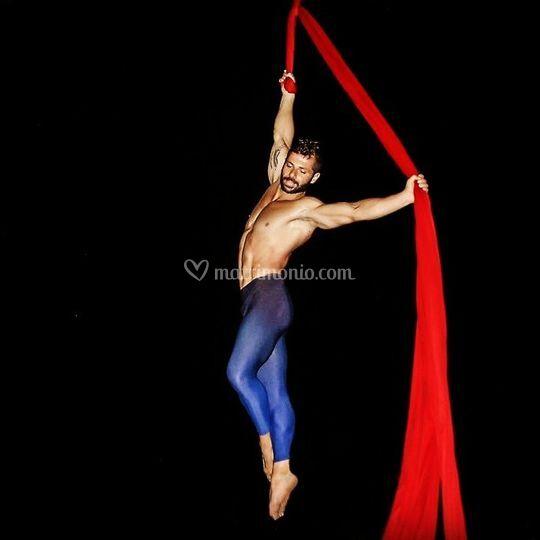 Alessio Spirito Aerial Dancer
