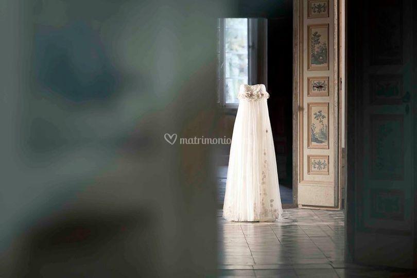 L abito ideale Stile classico Stile classico Tute speciali Tute speciali Le Spose  di Francesca 3606efe496c