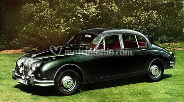 Daimler in bella mostra