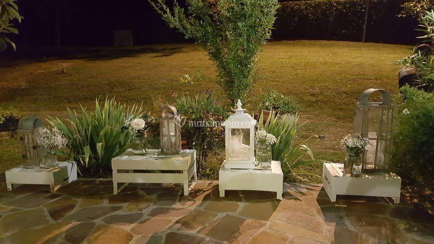 Country house il bucaneve for Decorazioni esterne giardino