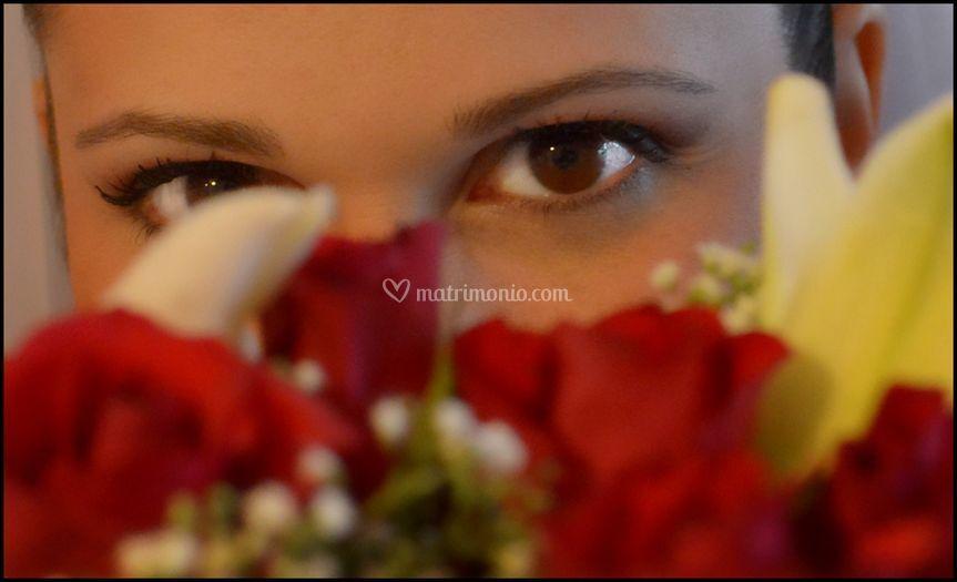 Dettaglio occhi sposa