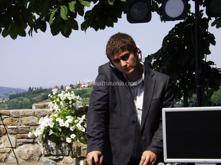 Dj in consolle