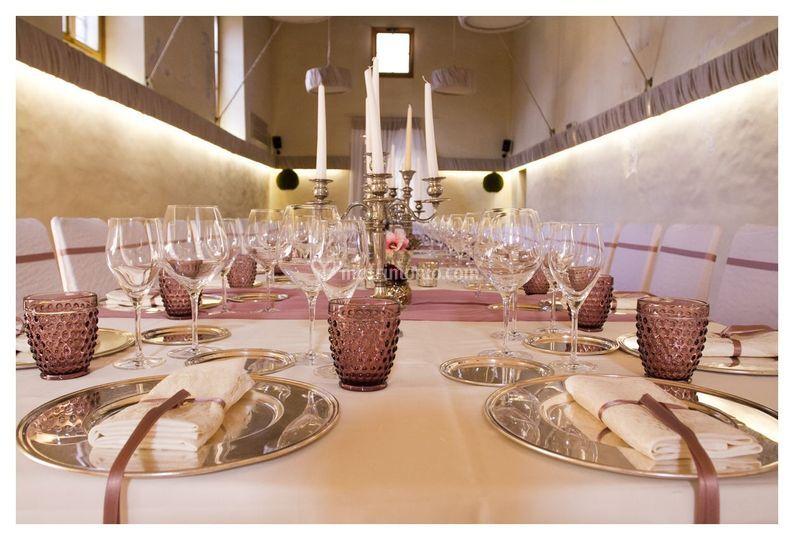 Sala Peretti con tavolo imperi