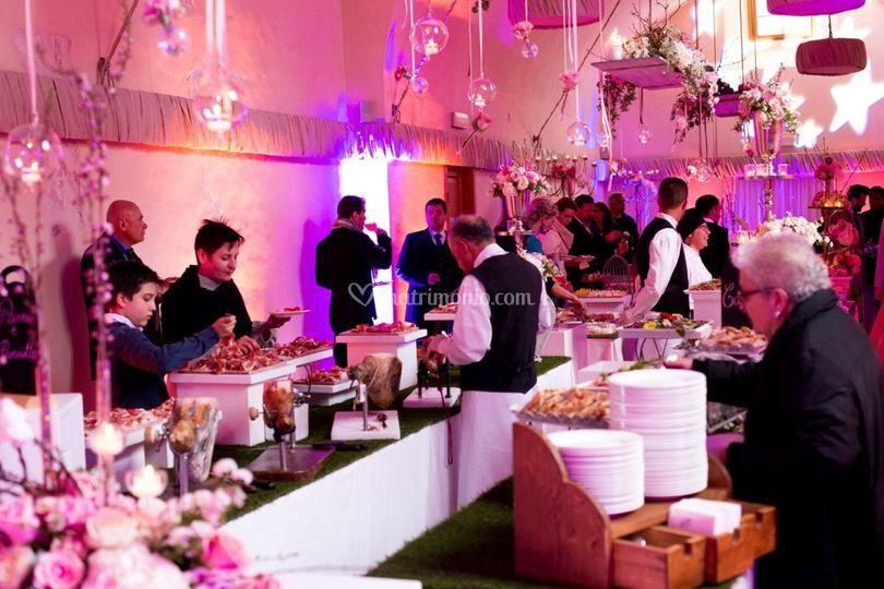 Il buffet con luci scenografic