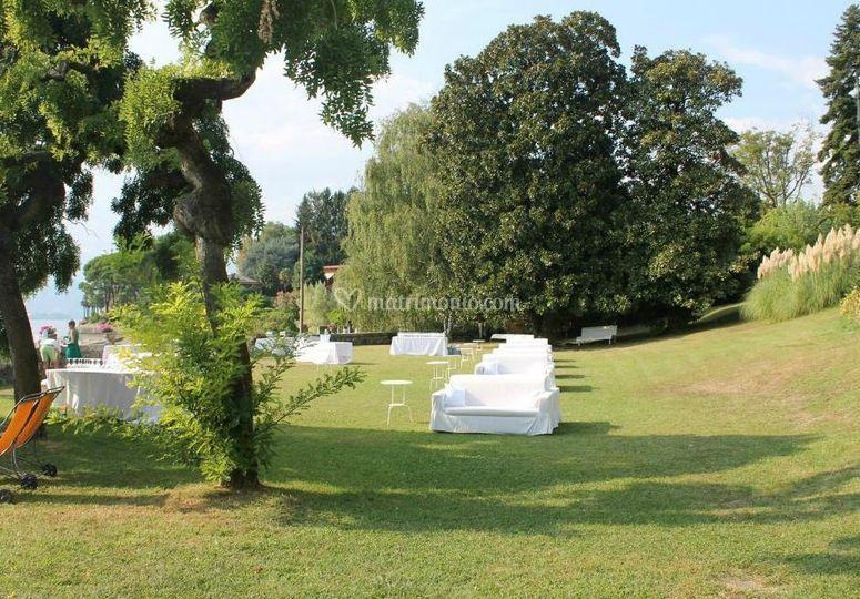 Ruzzenenticatering - Allestimento giardino ...