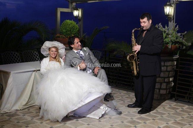 Simone Marra: Sax, Piano, Voce