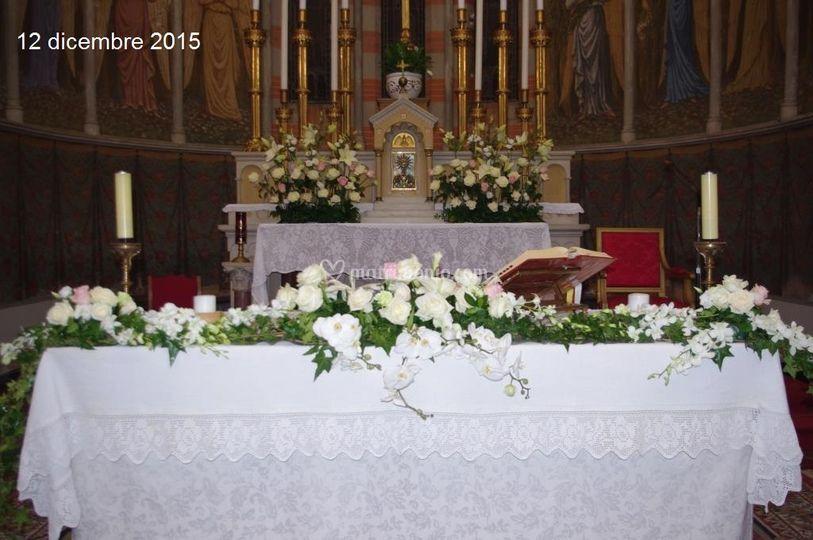 Un altare da effetto di Les fleurs di Paola e Co.